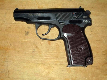 Пистолет ИЖ, обои для рабочего стола.