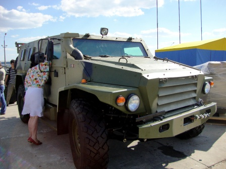Фото военной модификации автомобиля ТИГР.