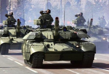 Танковая колонна на параде. Обои.