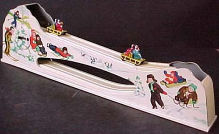 Советская игрушка Катание с гор