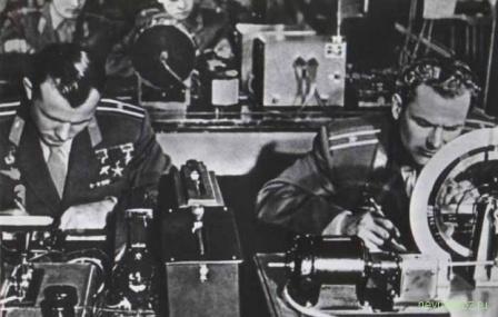 Герой Советского Союза на работе. Фото СССР.