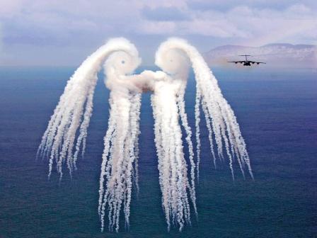 Противовоздушный ангел. Коллаж.