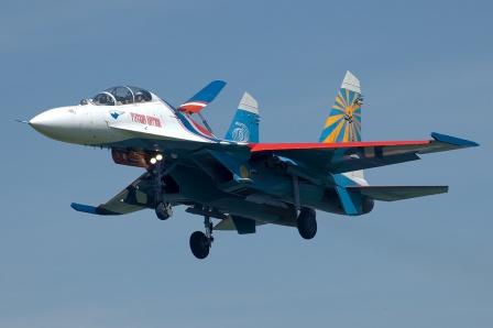 Су 27 группы Русские Витязи в воздухе.