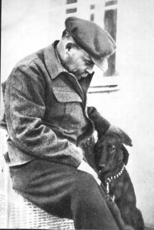 В.И.Ленин  на отдыхе в Горках.   Август-сентябрь 1922 г.