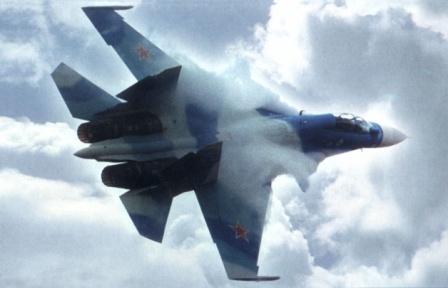 Многофункциональный истребитель Су-30.