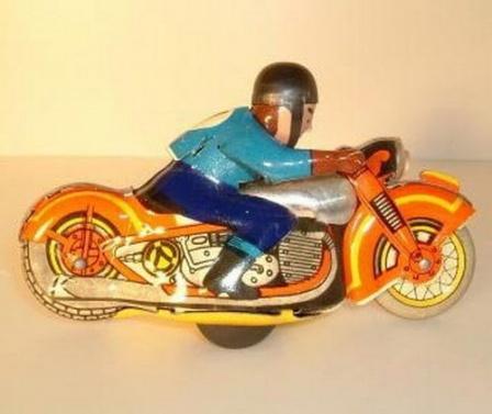 Тот же мотоцикл, без коробки, крупным планом.