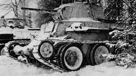 Танки БТ-7 в засаде. Великая Отечественная Война.