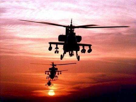 Вертолеты на закате. Обои для рабочего стола.