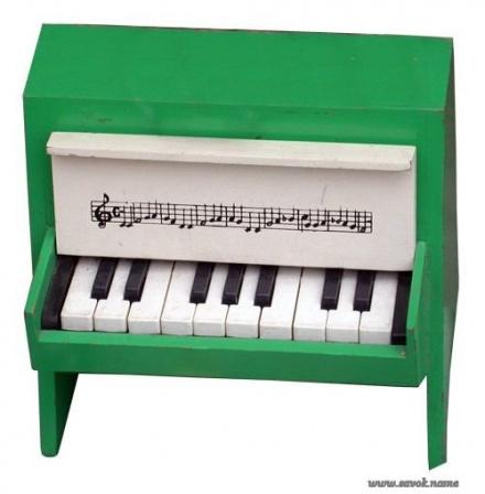 Детское пианино. Игрушка из СССР.