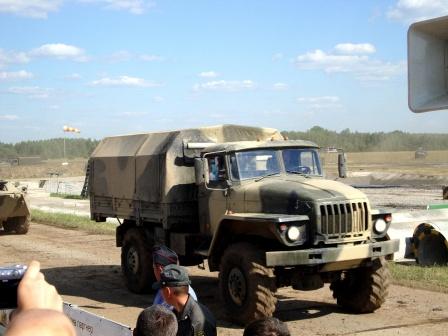 Автомобиль Урал фото.