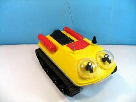 Детская игрушка из СССР, интересная радиоуправляемая машинка.