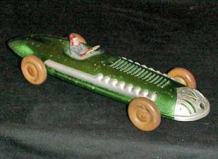 Детская гоночная машинка, фото из СССР.