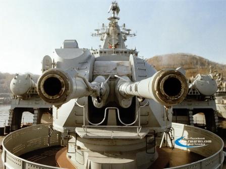 АК-130 — корабельная автоматическая пушка калибра 130 мм, фото крупным планом.