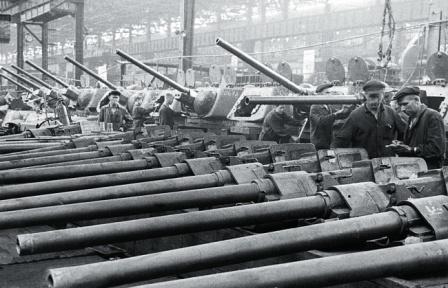 Производство танков Т-34-76 на ЧКЗ