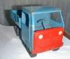 Синий металлический грузовик. Фото игрушек СССР.