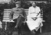 В.И.Ленин  и Н.К.Крупская в Горках.  Август-сентябрь 1922 г.